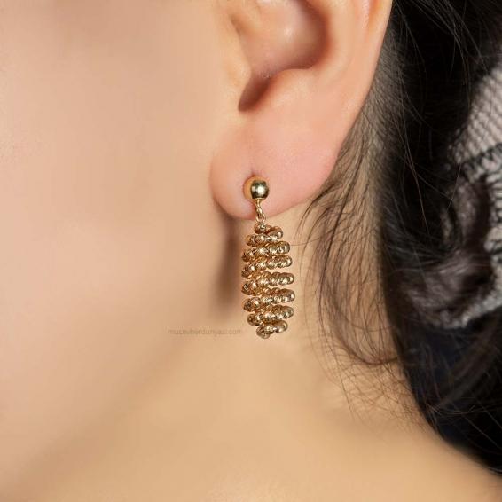 Mücevher Dünyası - 14 Ayar Dorika Tasarım Altın Küpe