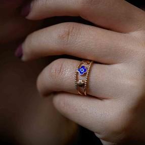 Mücevher Dünyası - 14 Ayar Dört Yapraklı Yonca ve Mavi Nazar Altın Yüzük | Mücevher Dünyası