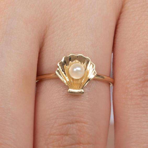 Mücevher Dünyası - 14 Ayar İncili Deniz Kabuğu Altın Yüzük - 14