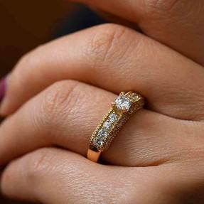 Mücevher Dünyası - 14 Ayar Sırataşlı 14 Ayar Altın Yüzük | Mücevher Dünyası