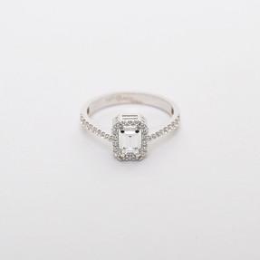 Mücevher Dünyası - 14 Ayar Swarovski Taşlı Baget Altın Yüzük | Mücevher Dünyası