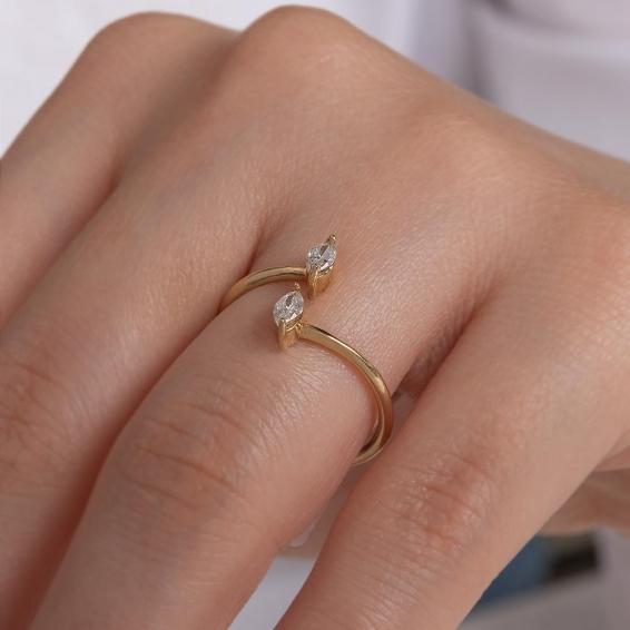 Mücevher Dünyası - 14 Ayar Taşlı Altın Yüzük - 16