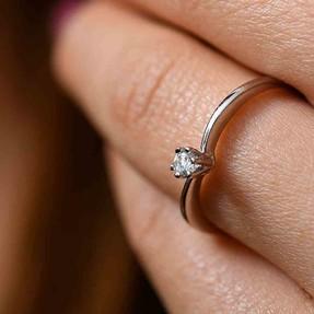 Mücevher Dünyası - 14 Ayar Tek Taşlı Altın Bayan Eklem Yüzük | Mücevher Dünyası
