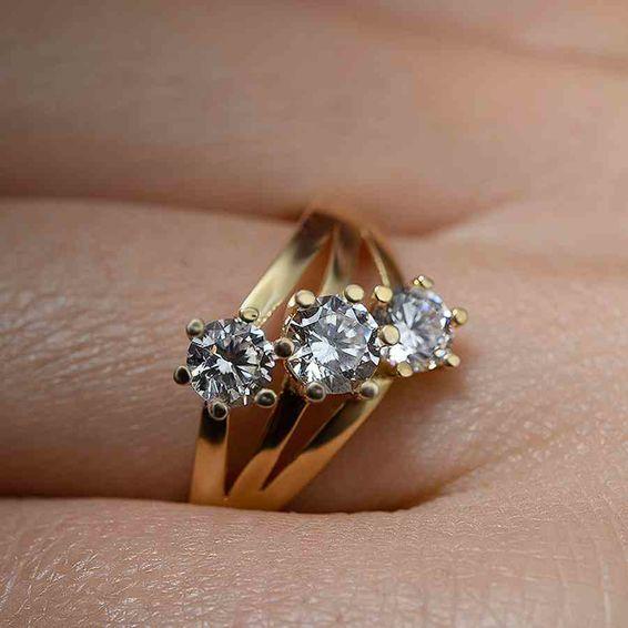 Mücevher Dünyası - 14 Ayar Üç Taşlı Altın Yüzük | Mücevher Dünyası