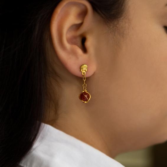 Mücevher Dünyası - 22 Ayar Akik Taşlı Sallantılı Altın Küpe - 3,41 Gr.