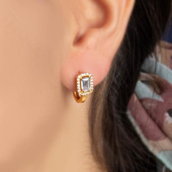 Mücevher Dünyası - 22 Ayar Altın Baget & Küçük Beyaz Taşlı Küpe - 3,95 Gr.