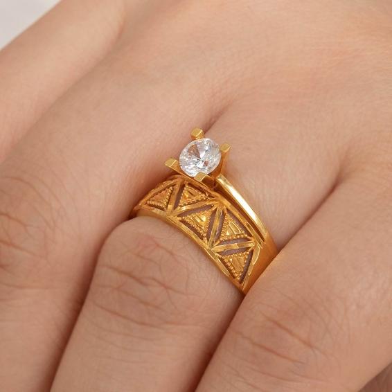 Mücevher Dünyası - 22 Ayar Alyanslı Tektaş Altın Yüzük - 4,38 Gr. - 16,5