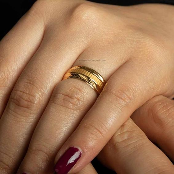 Mücevher Dünyası - 22 Ayar Kadın Altın Alyans - 2,41 Gr. - 13