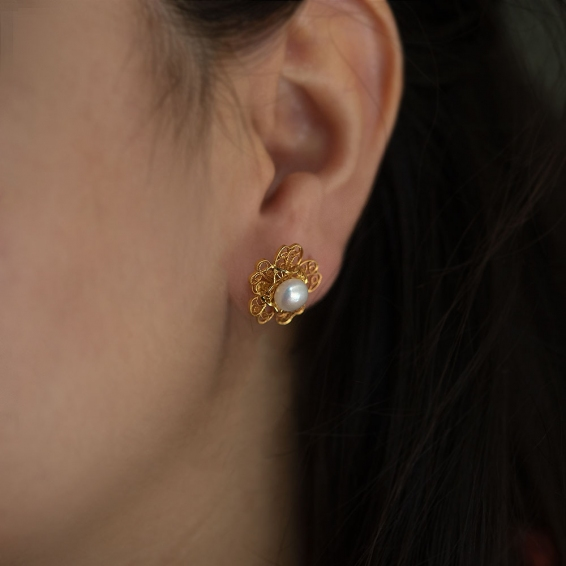 Mücevher Dünyası - 22 Ayar İncili Çiçek Altın Küpe - 3,46 Gr.