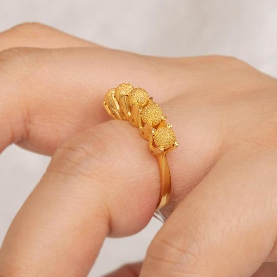 Mücevher Dünyası - 22 Ayar Kumlu Dorika Toplu Altın Fantezi Yüzük - 4,77 Gr. - 16
