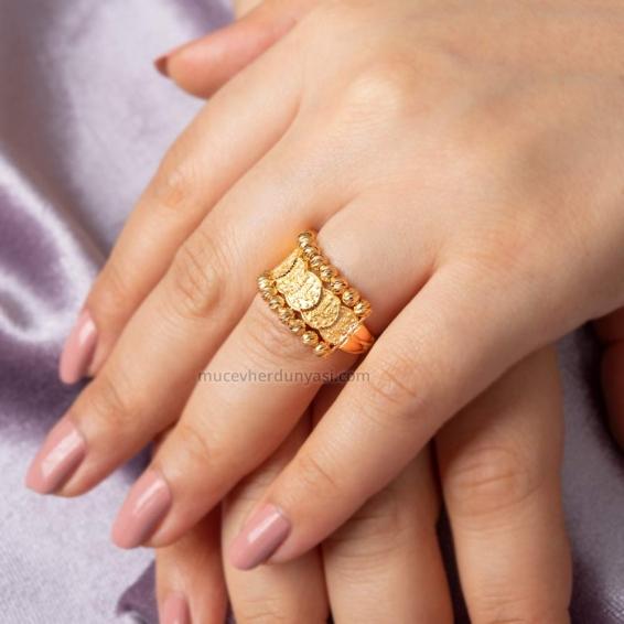 Mücevher Dünyası - 22 Ayar Reşatlı Dorika Altın Fantezi Yüzük - 5,95 Gr.