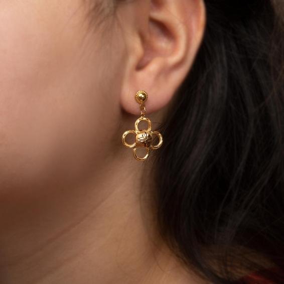 Mücevher Dünyası - 22 Ayar Sallantılı Çiçek Altın Küpe - 3,21 Gr.