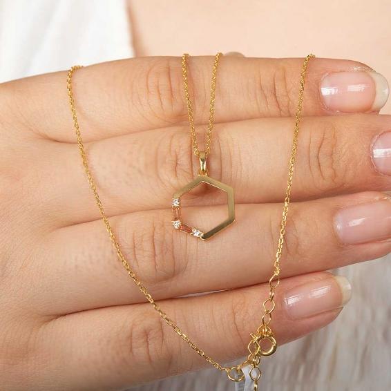 Mücevher Dünyası - 22 Ayar Taşlı Altıgen Altın Kolye - 2,87 Gr. - 46 Cm.