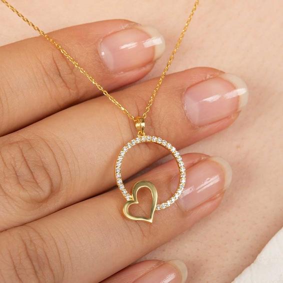 Mücevher Dünyası - 22 Ayar Taşlı Harf ve Kalp Altın Kolye - 2,73 Gr. - 44,5 Cm.