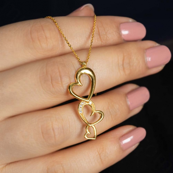 Mücevher Dünyası - 22 Ayar Taşlı Üç Kalp Altın Kolye - 4,05 Gr.