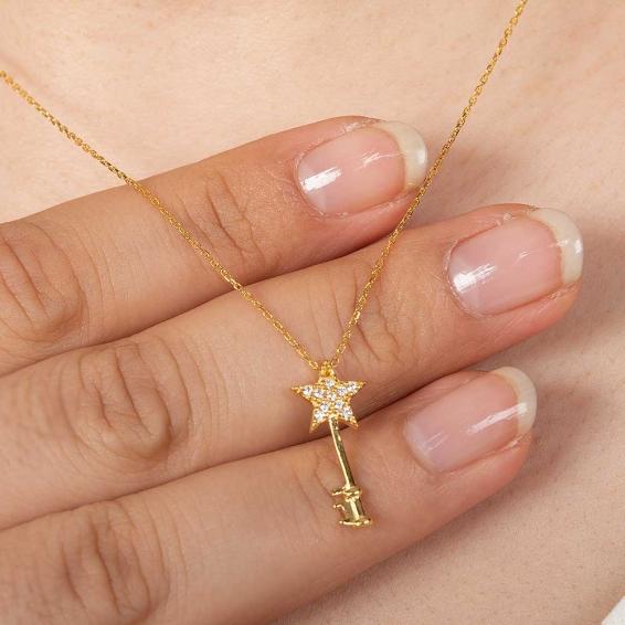 Mücevher Dünyası - 22 Ayar Taşlı Yıldızlı Anahtar Altın Kolye - 2,26 Gr. - 44,5 Cm.